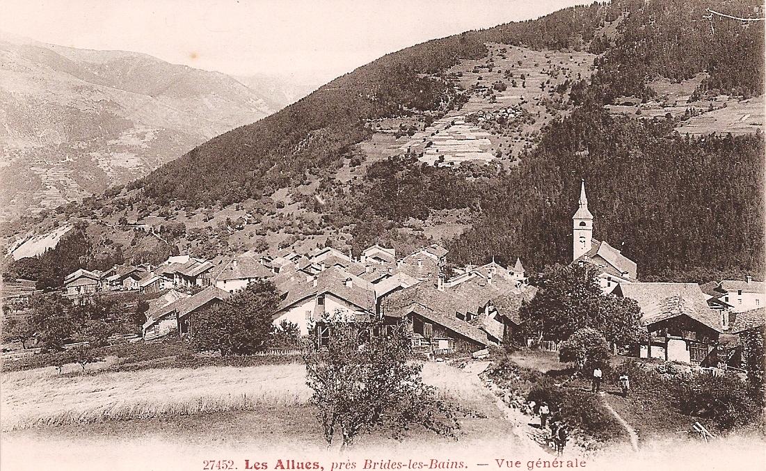 Les Allues vanaf de wei achter ons huis in 1903.Het dak van ons kleine huisje en van L'Étoile du Berger is goed zichtbaar.